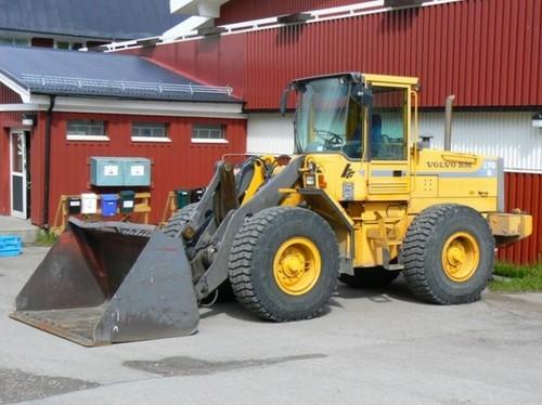 Volvo BM L70B Manual de reparación del servicio
